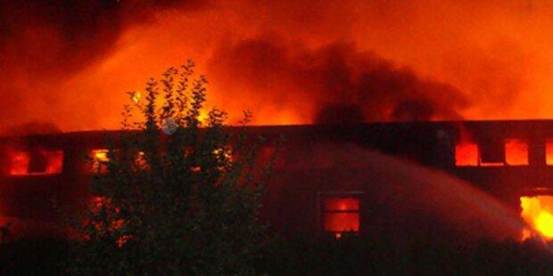 Brand nahe Wien sorgt für Großeinsatz