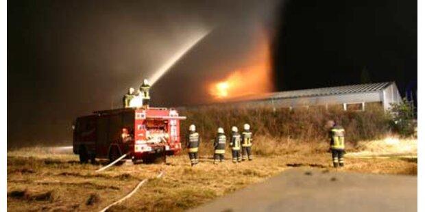 Werkstätte brennt ab
