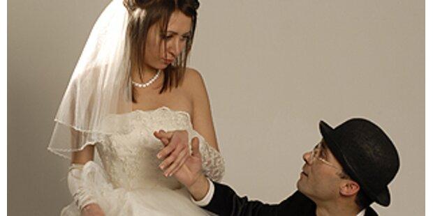 Erst platzte das Hochzeitskleid, dann die Ehe