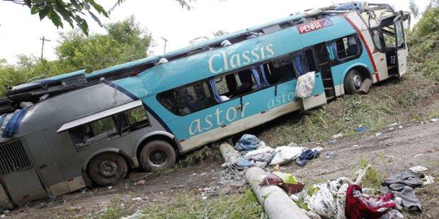 15 Tote bei Bus-Crash in Brasilien
