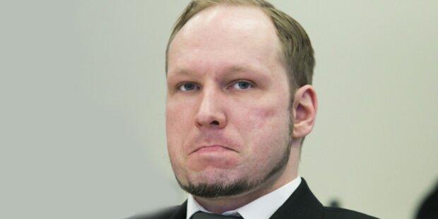 Breivik im Gerichtssaal mit Schuh beworfen