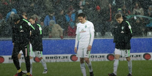 Nach Pleite: Werder-Kicker steckten fest