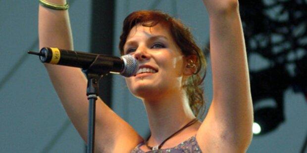 Juli-Sängerin erwartet ihr 1. Kind