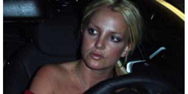 Hurra, Britney Spears hat einen Fahrer engagiert!