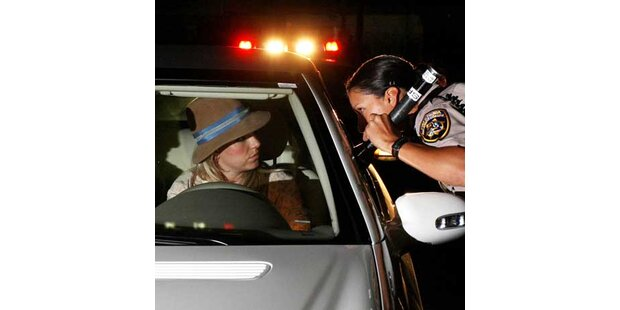 Britney Spears wegen Schnellfahrens ermahnt