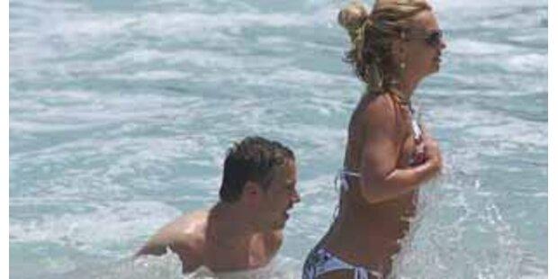 Planscht Britney hier mit ihrer neuen Liebe?