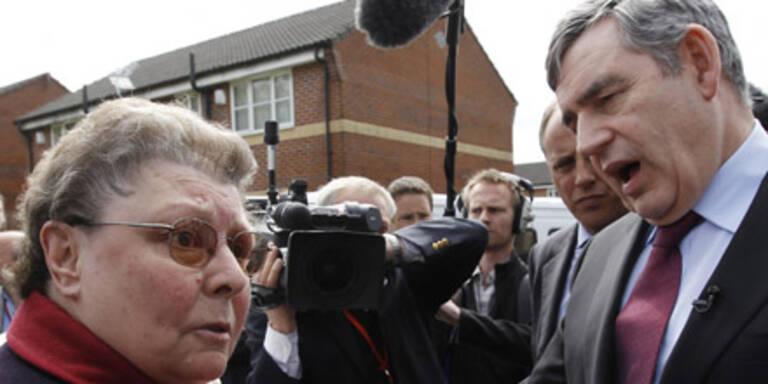 Gordon Brown beschimpft Wählerin