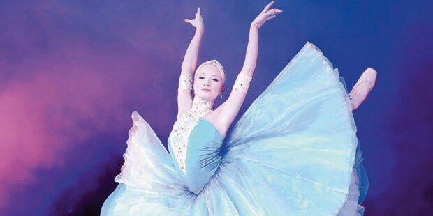 Sarkissova tanzt mit Artisten