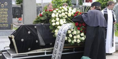 Brunnenmarkt-Opfer in Simmering bestattet