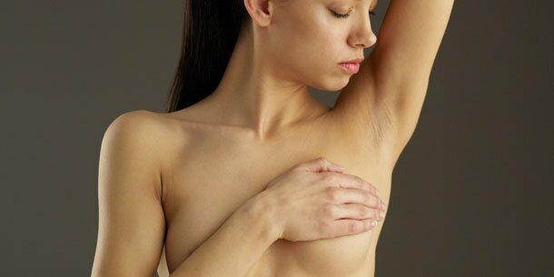 Brustkrebs - Ursachen, Symptome, Diagnose &