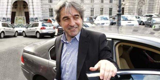 SP-Duell: Ex-Minister klagt Kanzler