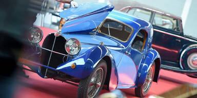 Alter Bugatti erzielte 920.000 Euro