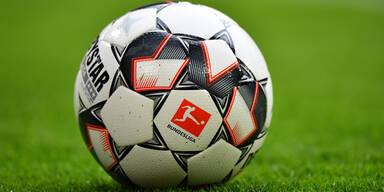 Deutsche Fußball-Bundesliga ab Dienstag unterbrochen