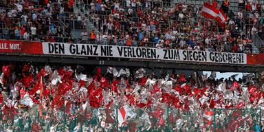 Bullen-Fans schimpfen Bundesliga