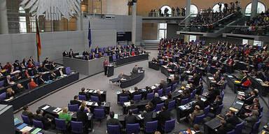 Union kann Rückstand auf SPD verringern