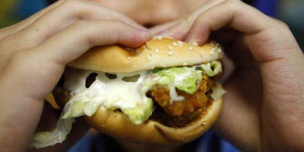 Zahnärzte warnen vor Riesen-Burgern