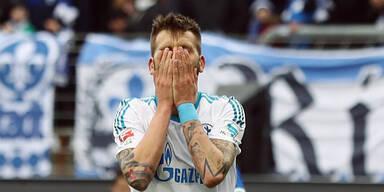Burgi verschießt Elfer bei Schalke-Schlappe