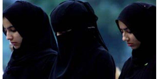 Frau mit Bombe unter Burka festgenommen