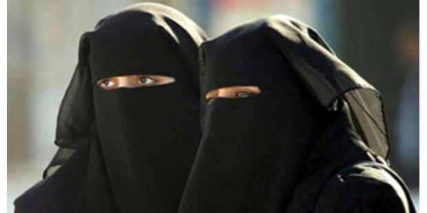 Busfahrer nahm Frau wegen Burka nicht mit