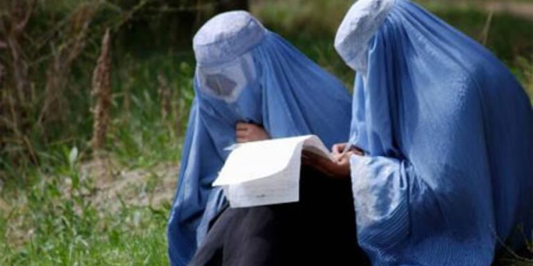 Geldstrafen für Burka-Tragen geplant