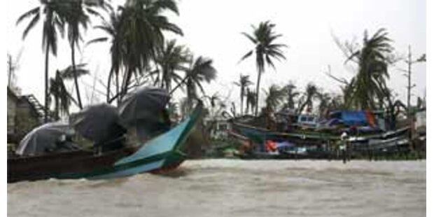300 Tote bei Lagerschließung in Burma