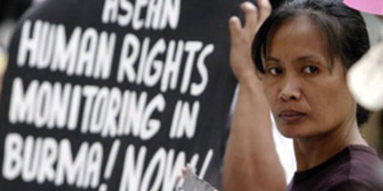 Aufstände in Burma forderten über 30 Tote