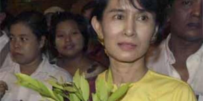 Hausarrest für NLD-Führerin in Burma verlängert