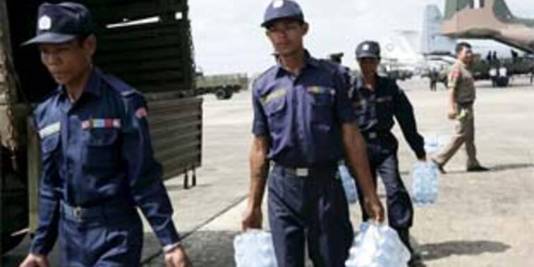 Viele Hindernisse für Helfer in Burma