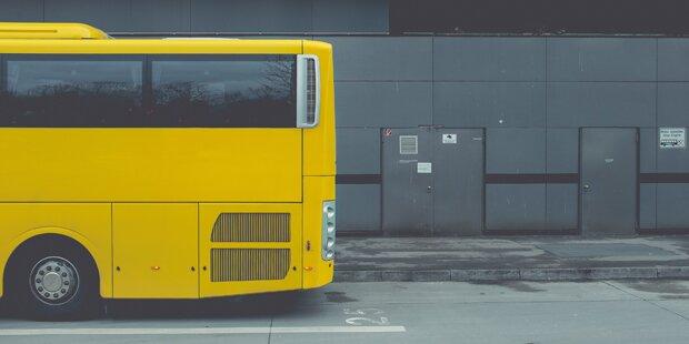 Busfahrer will Flüchtling nicht mitnehmen