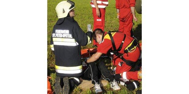 17 Kinder bei Busunfall auf A10 verletzt