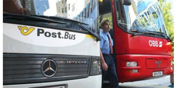 Bus verlor in Tirol während der Fahrt zwei Hinterräder
