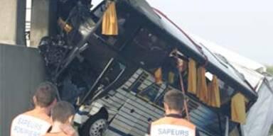 Sieben Tote bei Busunglück in Frankreich