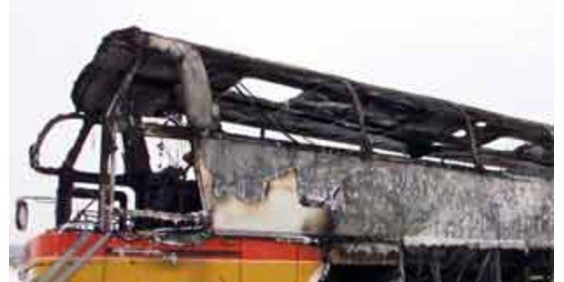 Reisebus fing  im Gleinalmtunnel an zu brennen