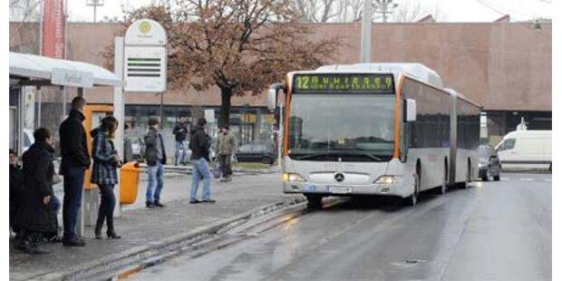 Fahrgast in Linzer Bim verprügelt