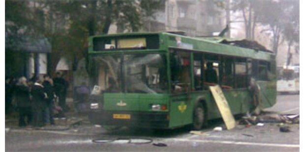 Bombe tötet acht Menschen in russischem Bus