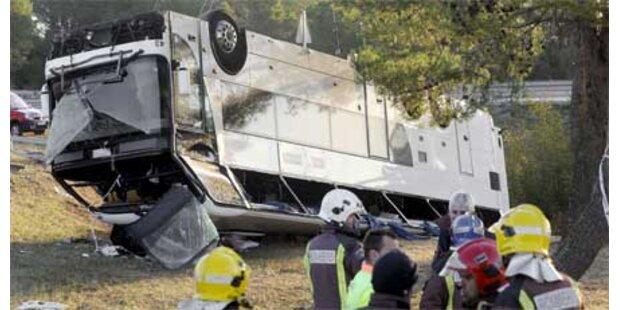 Schweres Schulbus-Unglück in Spanien