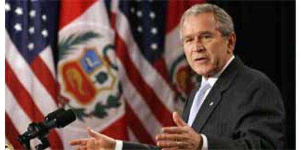 Bush lässt Afghanistan-Mission überprüfen