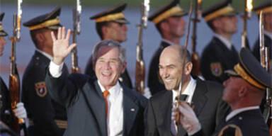 Bush zu EU/USA-Gipfel in Slowenien eingetroffen