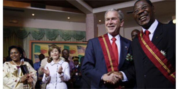 Bush besucht Benin
