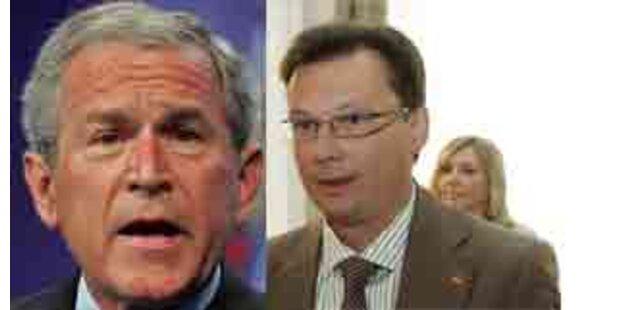Bush rüffelt Darabos