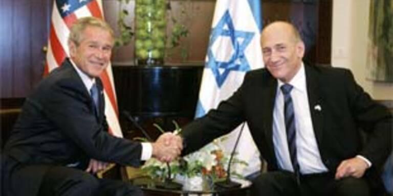 George W. Bush und Ehud Olmert (r.)
