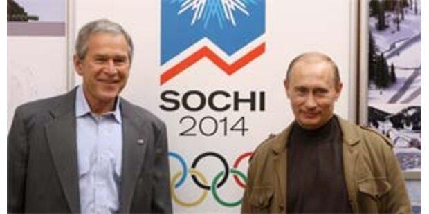 Bush und Putin treffen sich in Sotschi