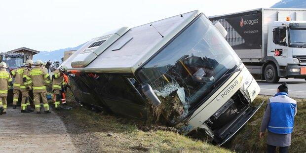 Bus-Unfall mit Schülern im Pinzgau