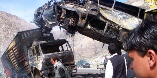 35 Tote bei Busunfall in Afghanistan
