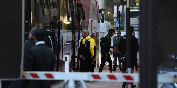 BVB-Bus vor Match angehalten