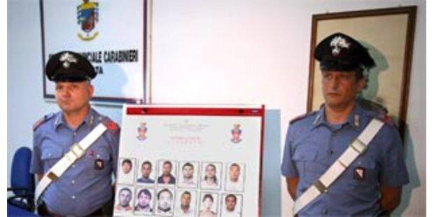 Polizei erlässt 88 Haftbefehle gegen Camorra