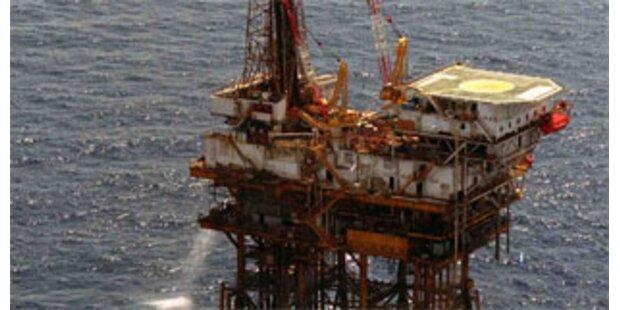 Sturm behindert Reparaturen an Ölplattformen