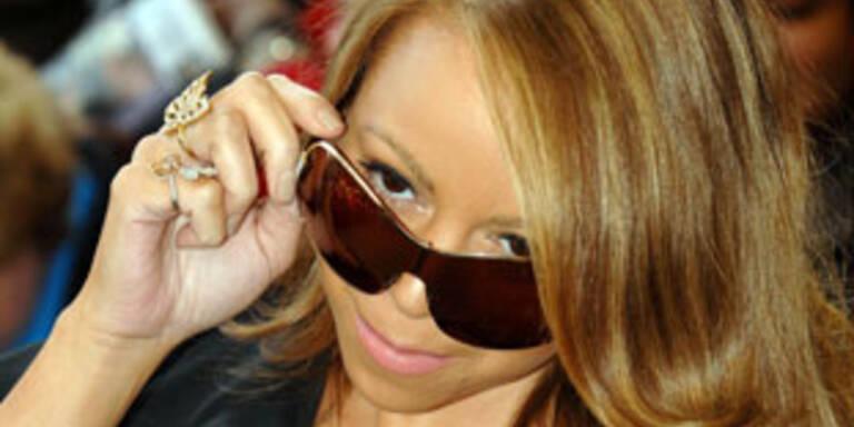 "Carey verarbeitet in ""Bye Bye"" Krebstod des Vaters"