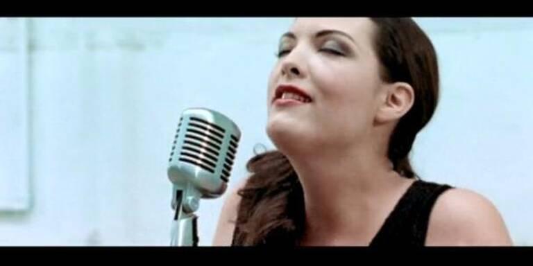 Caro Emerald live bei Dancing Stars