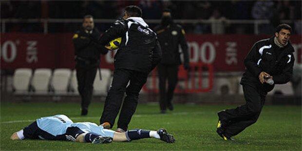 Iker Casillas mit Flasch beworfen und verletzt